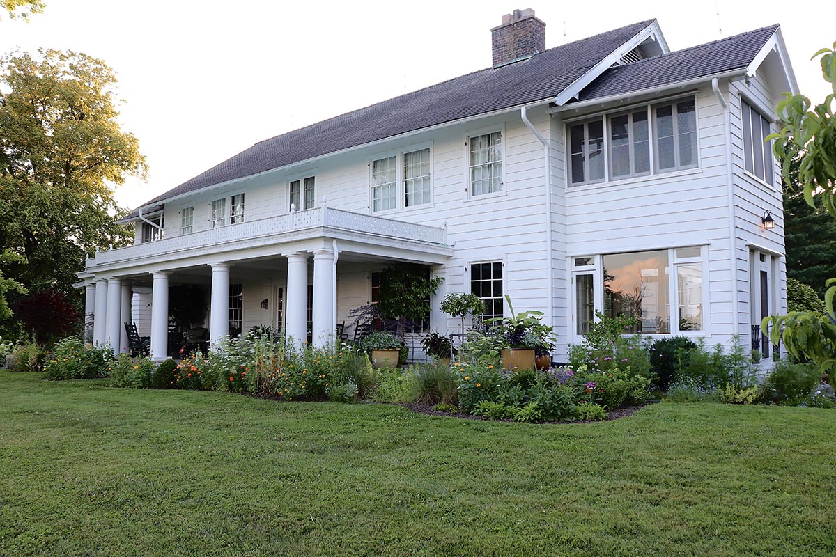 Ridgefield Manor